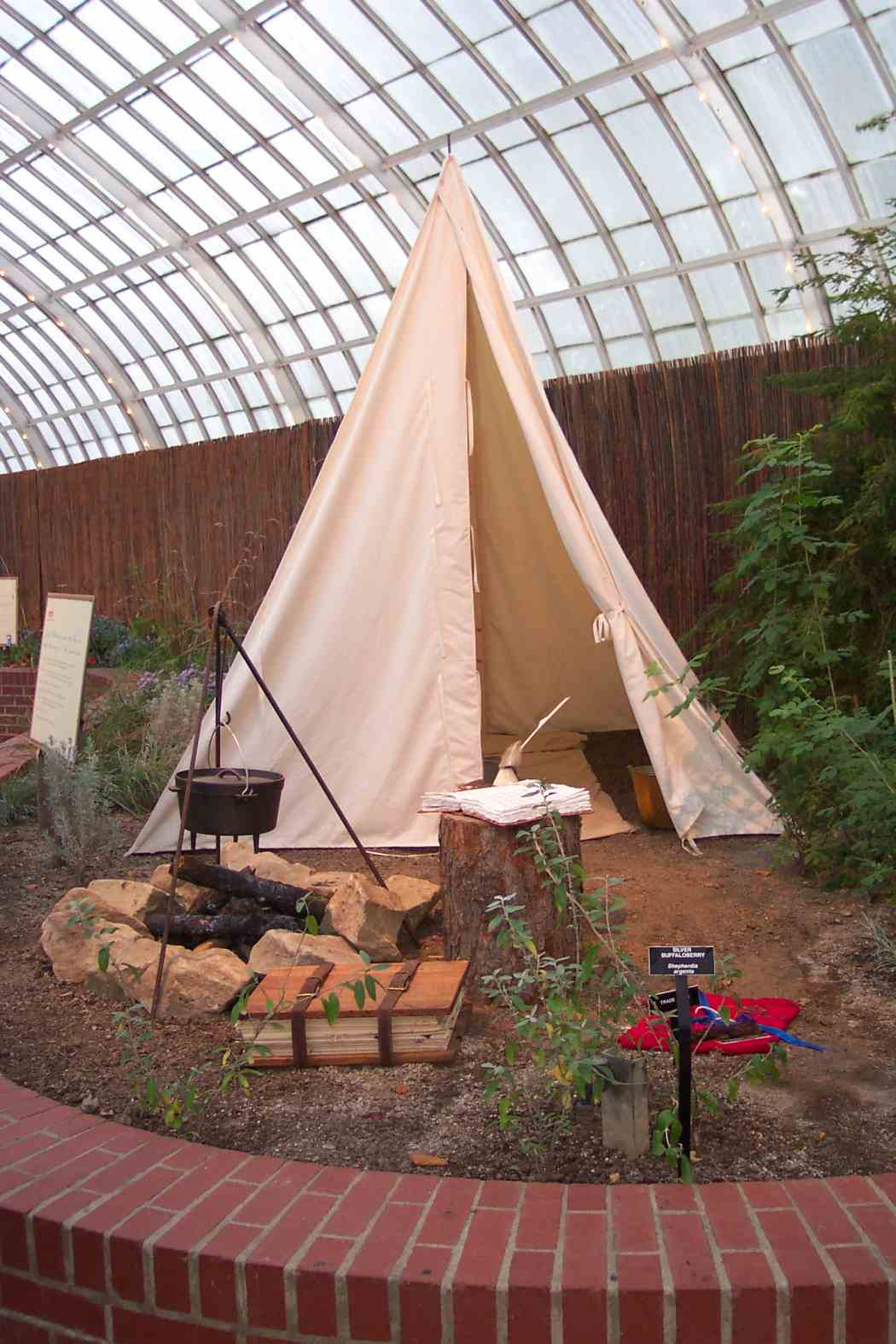 Summer Flower Show 2003: The Adventures of Lewis and Clark