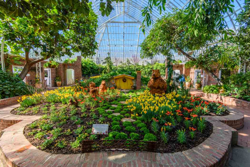 Spring Flower Show 2017: Enchanted Forest