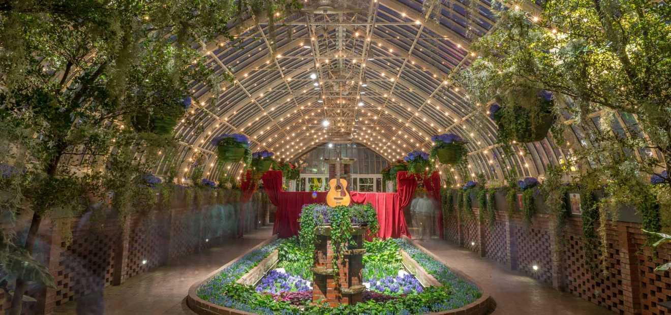 Sunken Garden | Phipps Conservatory and Botanical Gardens ...